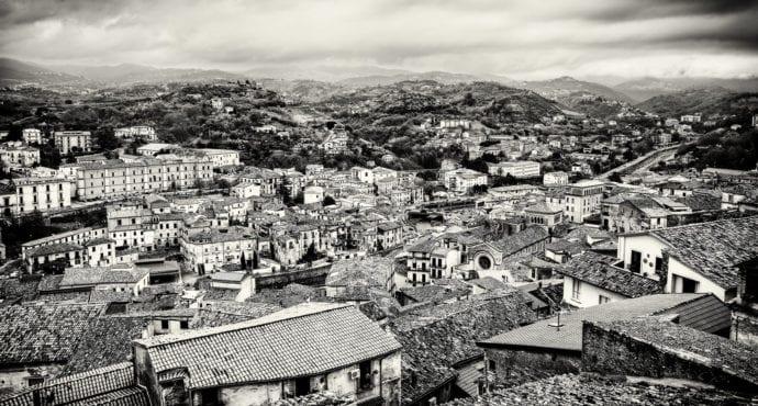 Cosenza. Fonte Francesco De Bartolo emFlick