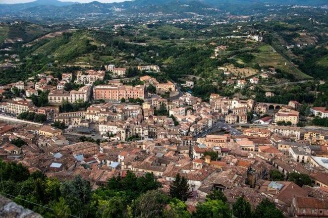 cosenza8-foto-roberto-arcuri Vista panorâmica de cima do Castelo