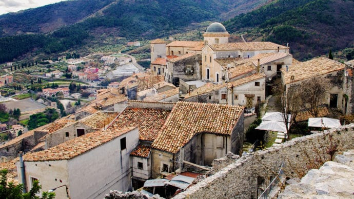 Morano, Calabria 1280 x 720