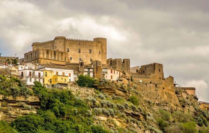 Santa Severina2. Fotografo Roberto Arcuri 1280 x 720