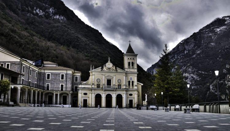 Santuário della madonna del Pettoruto em San Sosti