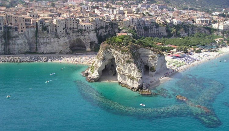 What are the five places you must see in Calabria?