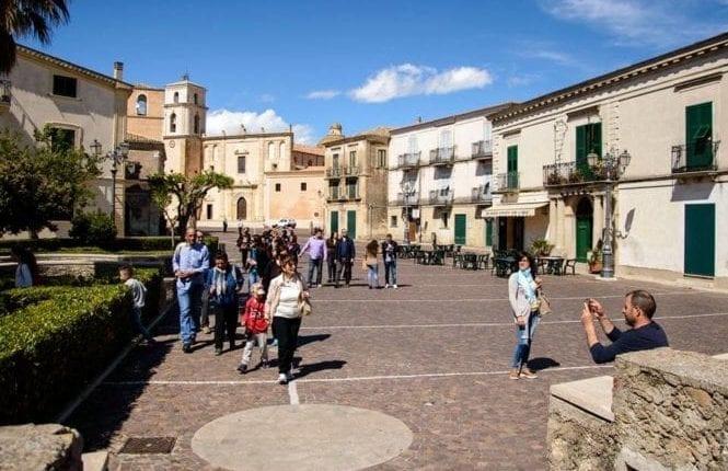 Conheça o vilarejo de Santa Severina na Calábria