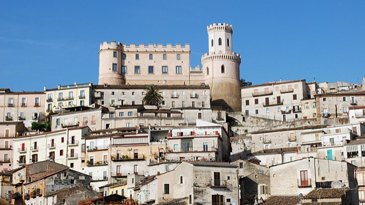 Corigliano1. Fonte Flick 1280 x 720