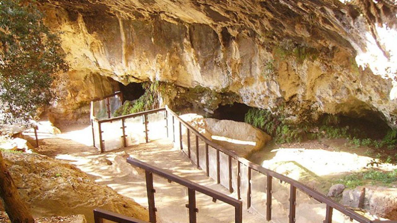 Papasidero_grotte_del_romito-850×400 Fonte www.papasidero.info 1280 x 720
