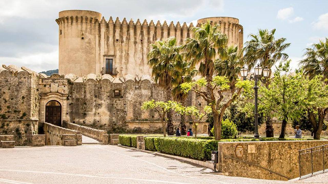 Santa Severina5. Fotografo Roberto Arcuri 1280 x 720