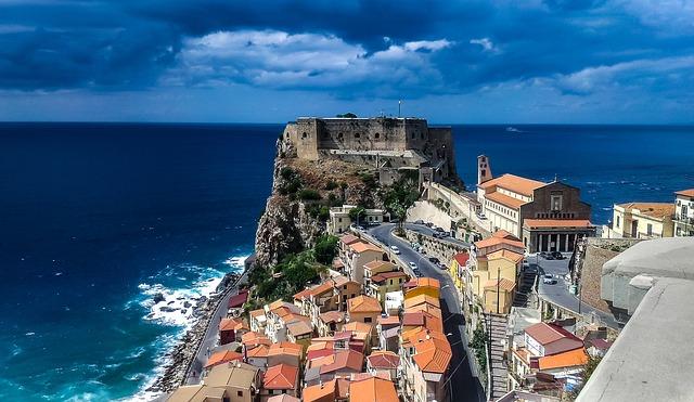 Por que conhecer Scilla a Veneza do Sul?