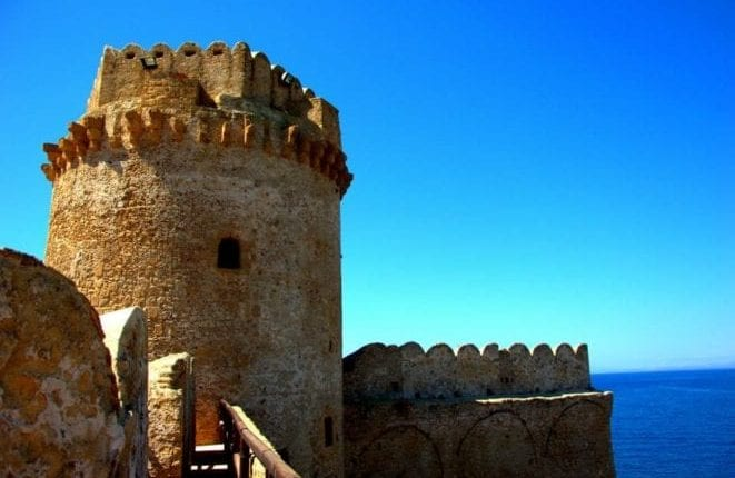 Le-castelle2.-Fotografo-Roberto-Arcuri-661×440